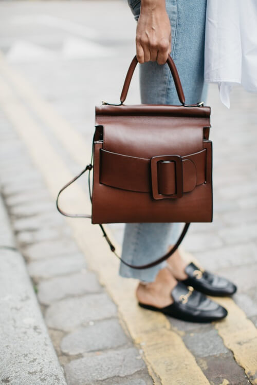 The buckle bag is latest hit! Ph: Soraya Bakhtiar